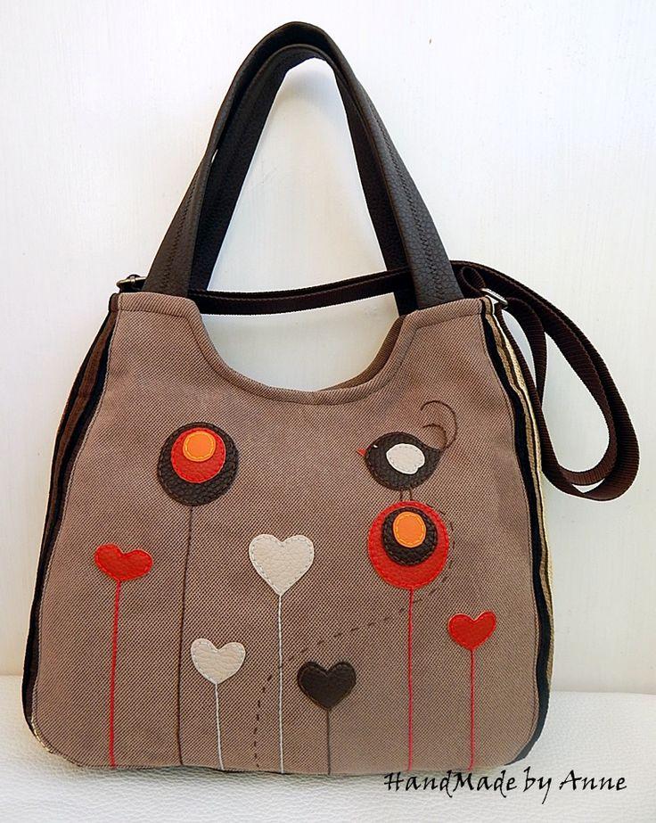 Valentin madaras, szíves, mesevirágos, barna, univerzális táska