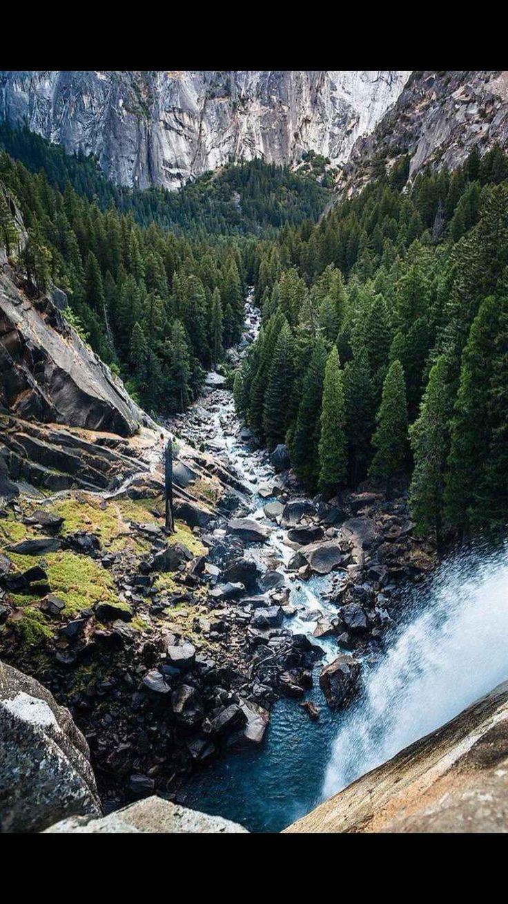 Mist Trail Vernal Falls Yosemite Park This