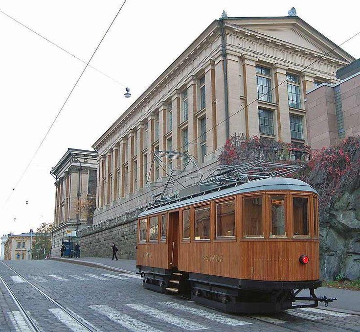 Helsinki ja vanha rautiovaunu