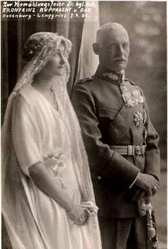 1921 Wedding photo of Crown prince Rupprecht and Princess Antonia of Luxemburg.