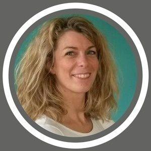 C'était ce mercredi 11 avril à 17:15 sur RCF Bruxelles.  Au micro de Léo Potier, Viviane Kock nous parlait du télétravail et du handicap.  Un podcast d'une dizaine de minutes, produit par notre partenaire, vous est maintenant proposé : https://hrmeetup.simplecast.fm/viviane-kock-rcf   Pour quelques interviews qui vous permettent d'en savoir plus sur Viviane Kock et les évènements qu'elle vous propose les 17 et 19 avril 2018, voici quelques podcasts produits par Hrmeetup. © disponibles :