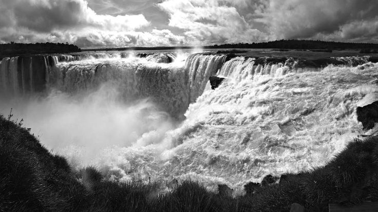 Highlights of Brazil - This itinerary makes for a fantastic Brazil holiday, taking in some of the very best that the country has to offer. #IguassuFalls, #Brazil #Steppes