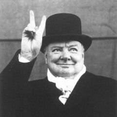 «Работай как раб, управляй как король, твори как бог» — это высказывание скульптора Бранкузи звучит как жизнеописание Уинстона Черчилля, «величайшего британца в истории». Читайте в этой статье, как ему удалось найти своё призвание и достичь высот в разных сферах деятельности, сделать жизнь интересной и насыщенной.
