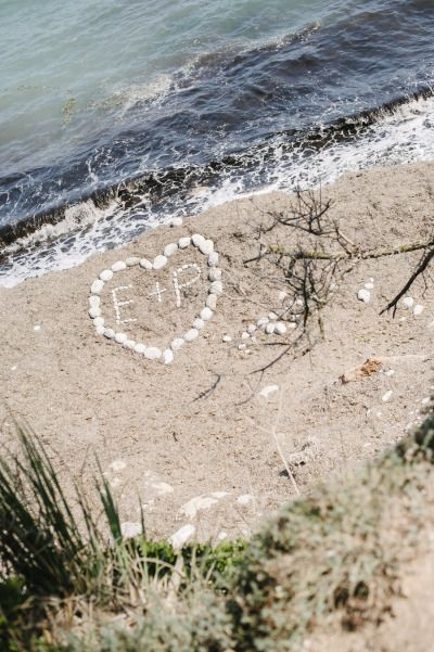 Initials in the sand.: Photo Ideas, Bridal Monograms, Wedding Ideas, Cute Ideas, Fun Ideas, Beach Weddings, Luis Photography, Beaches Wedding, The Beaches