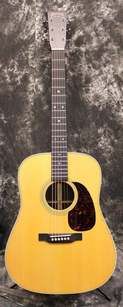 Martin 2017 D-28 Dreadnought Solid Spruce Rosewood Acoustic Guitar w/Case