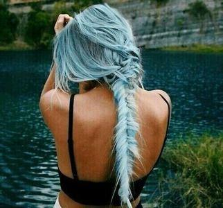 farebné vlasy? :3