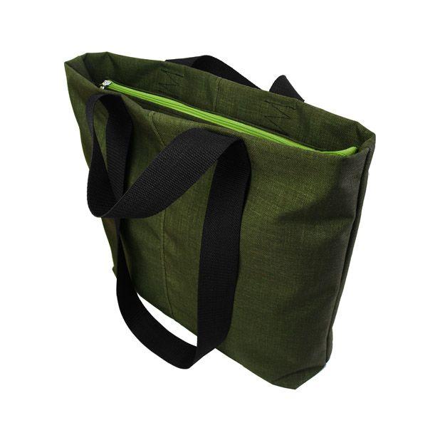 Designerska torba na ramię typu shopper bag. Bardzo pojemna i wygodna.  Wymiary: 42 cm szerokość na środku torby, 40 cm wysokość.  Podwójne, bardzo wytrzymałe rączki z taśmy nośnej długości 30 cm do ręki i 62 cm na ramię.  Torebka zapinana na zamek - kolor do wyboru - czarny, żółty lub zielony. 79 pln #shopperbag #greenbag