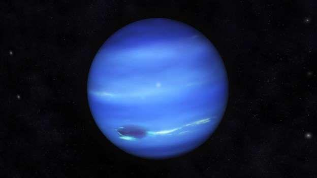 Neptuno es el planeta más lejano a nosotros, y presenta fenómenos climáticos extremos, como gigantes... - Externa