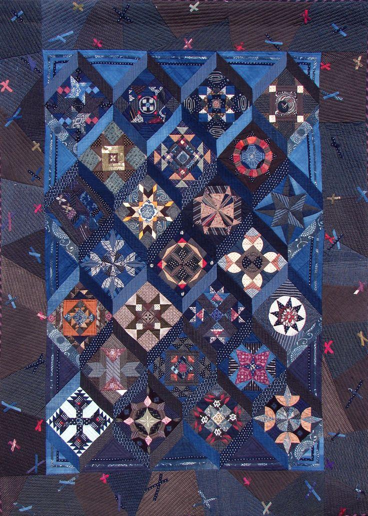 A Quilt made of antique fabrics and beautifully blocks. Designed by Nakazawa Felisa /Sewing O.M.