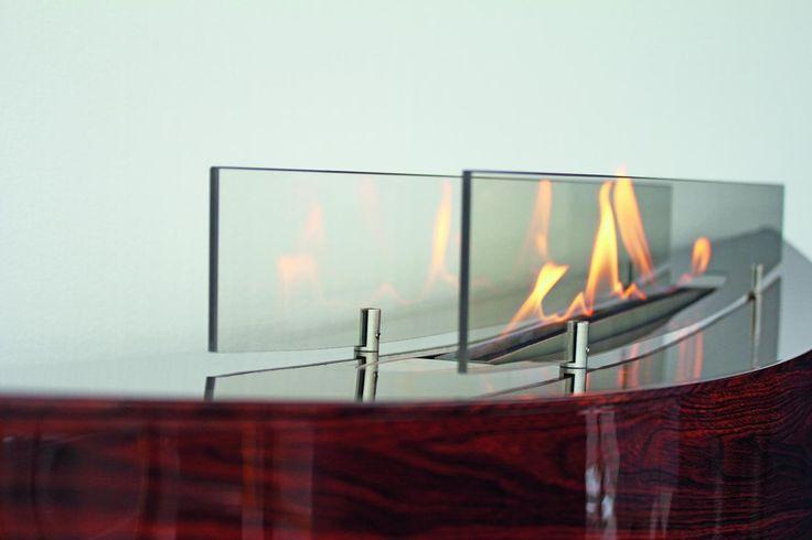 llama, detalle de un punto de fuego o chimenea de bioetanol #decoración #diseño #interiorismo #interiores #bioetanol