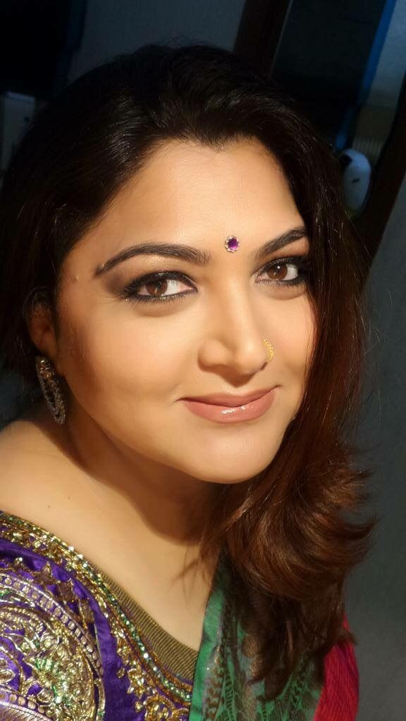 "milf-n-chubbies: ""Indian actress Kushboo """