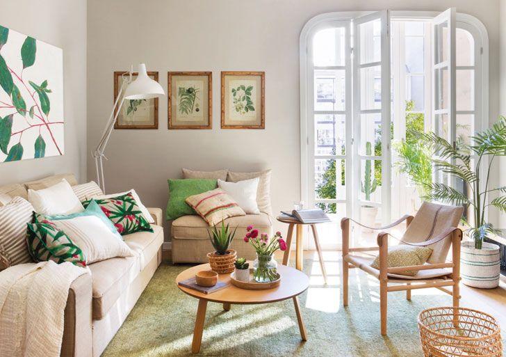Хозяева этой уютной квартиры в Барселоне, видимо, очень любят природу и загородную жизнь — растительные мотивы здесь повсюду:в настенных картинах и рамках, в текстиле, в больших и маленьких вазонах. Удивительно видеть подобный декор в городском жилье,но интерьер получился очень живым и уникальным. Приятных вдохновений!