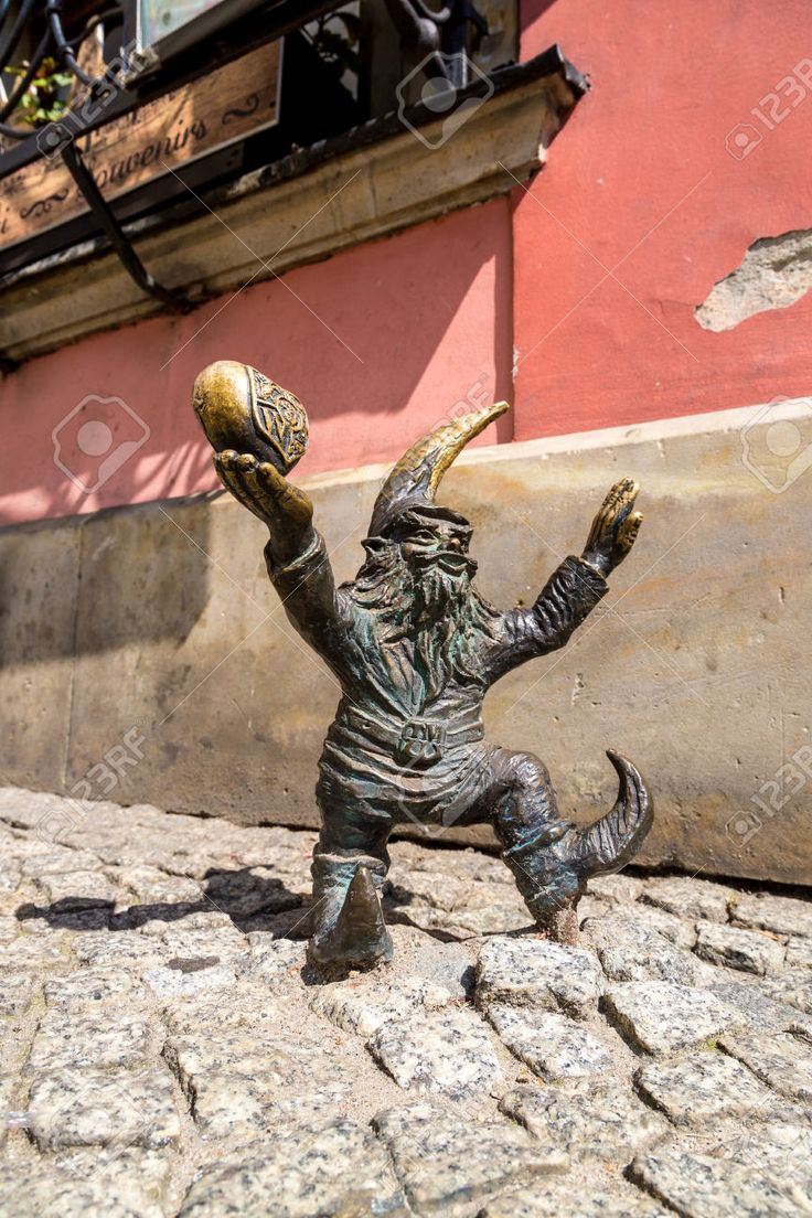 Stock Photo - WROCLAW, POLAND - JULY 29: Sculpture of gnome from fairy-tale made by Tomasz Moczek on July 29, 2014 in Wroclaw, Poland.