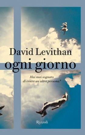 """""""Ogni giorno"""" di David Levithan parte da un'idea, una di quelle che vorresti sempre avere avuto. Peccato che ci abbia già pensato un altro! Come sarebbe la tua vita se ogni giorno ti svegliassi nel corpo di un'altra persona, ne dovessi prendere le fattezze, assumere il comportamento, seguire il flusso degli eventi, delle abitudini, dello stile di vita proprio di quell'individuo?"""
