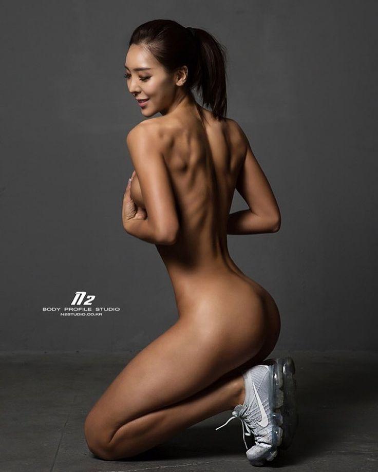 korean fitness model nude