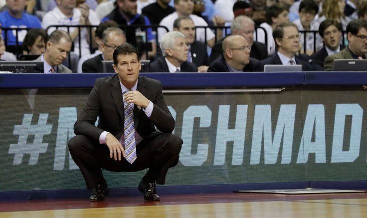 UCLA signs Steve Alford to 1-year extension = The UCLA Bruins have officially signed head basketball coach Steve Alford to a one-year contract extension through the 2020-21 season, the program formally announced on.....