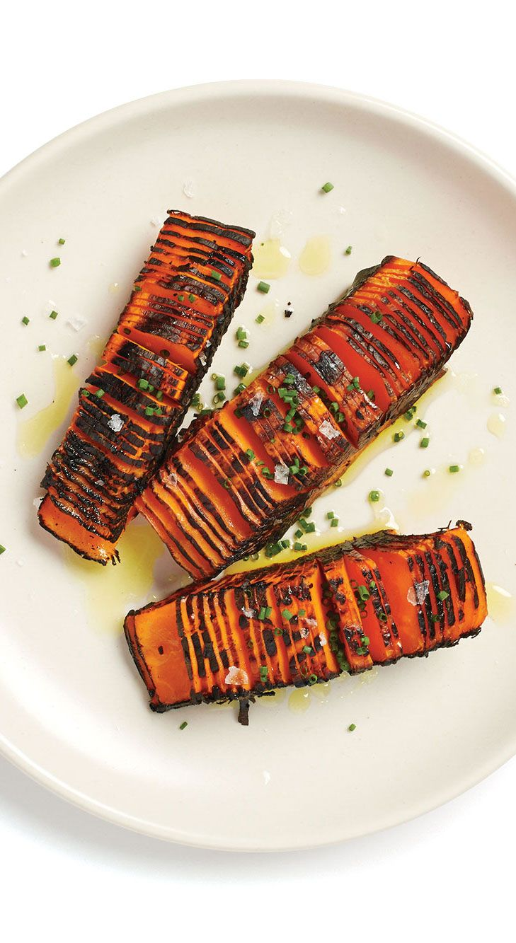 Hasselback Carrots by bonappetit: Perfectly thin, uniform slices make any dish a showstopper. Try this cutting technique on other vegetables, such as skin-on potatoes before they're roasted. #Carrots #Hasselback #Healthy