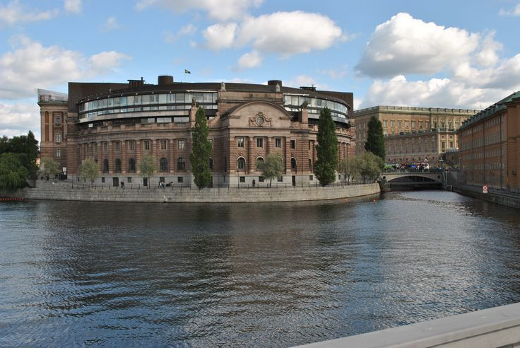 Across the water (Lilla Värtan) from the hotel you will find the Parliament House of Sweden. http://www.sheratonstockholm.com/en/waterfront-hotel-stockholm