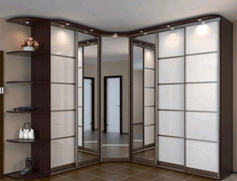 Угловой шкаф купе в коридоре дизайн фото