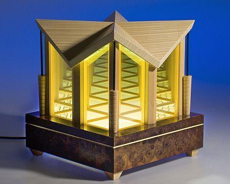 Frank Lloyd Wright infinity model