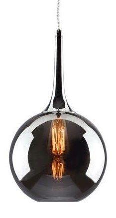 Oryginalna i nowoczesna lampa Auroraze szklanym kloszemw kolorze smoky chrom. Lampa ze względu na lustrzaną powłokę szkła nie daje dużo światła, jest natomiast bardzodekoracyjna i nastrojowa.