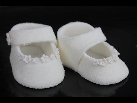 Orchideli- jak zrobić proste buciki z lukru na tort chrzcinowy, tort na chrzciny lub tort na roczek. Fondant baby shoes for baptism cake tutorial. Cake decoration for first birtday cake.