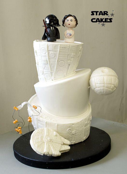 Tarta de boda Star Wars  Star Wars wedding cake  Síguenos en https://www.facebook.com/starcakes.es