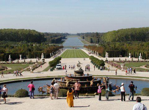 TOP WORLD TRAVEL DESTINATIONS: Versailles – France
