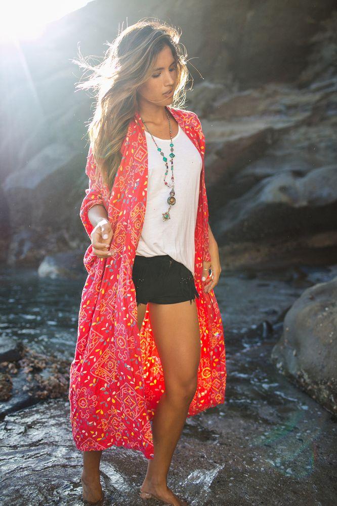 The beautiful Arnhem Bowerbird Kimono now available in their new Marrakesh print. So pretty.
