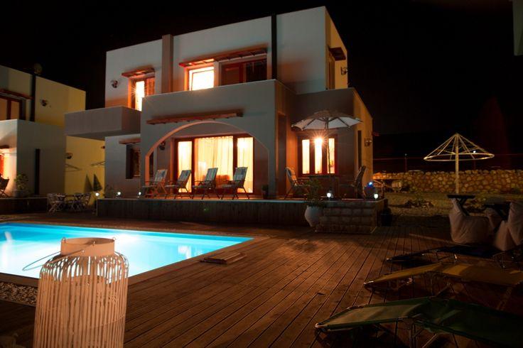 Villas by night