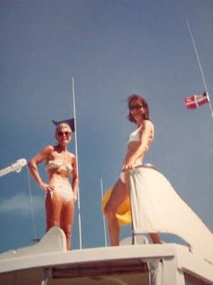 """in the same boat"": Retro Pics, Style Inspiration, Vintage Summer, Summer Pics, Summer Lovin, Summertime Fine, Vintage Inspiration, Summer Babes, Fun Poses"