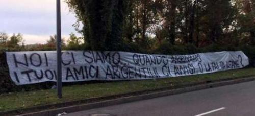 Trentino #Alto #Adige: #Ultras interisti furibondi con Icardi  Striscioni di sfida sotto casa sua (link: http://ift.tt/2eGEPCN )