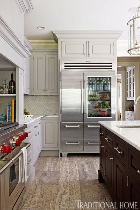 Traditional Home Kitchen: Organized, Efficient Kitchen With Cool And Classic Styling