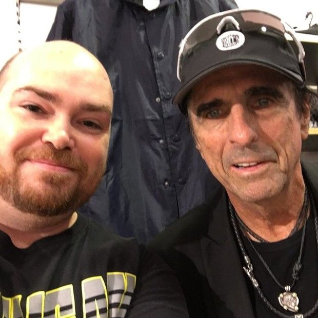 Rock living legend Alice Cooper killed some time before a concert in Michigan by shopping at a local mall.