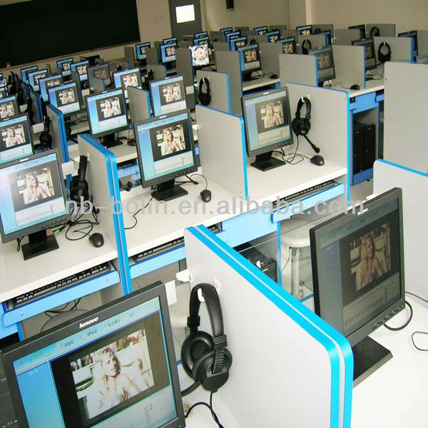 Multifunction Language Computer Classroom