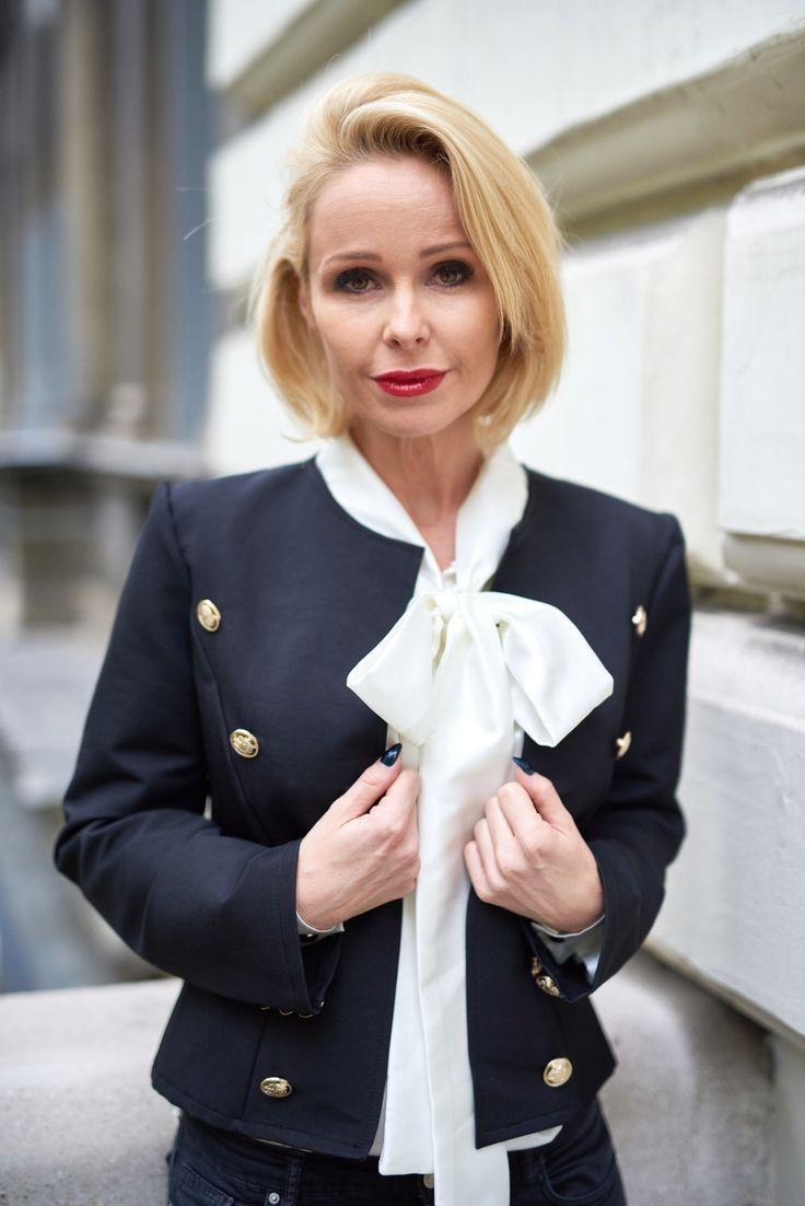 masnis-blúz-szatén-elegáns-bow-blouse