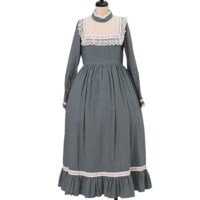 Worldwide shipping available ♪  Antique Doll OP  https://www.wunderwelt.jp/en/products/w-17362  IOS application ☆ Alice Holic ☆ release  Japanese: https://aliceholic.com/  English: http://en.aliceholic.com/