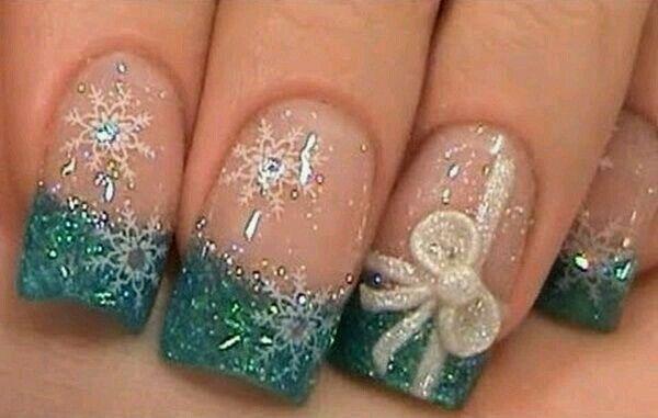 Teal Christmas nails