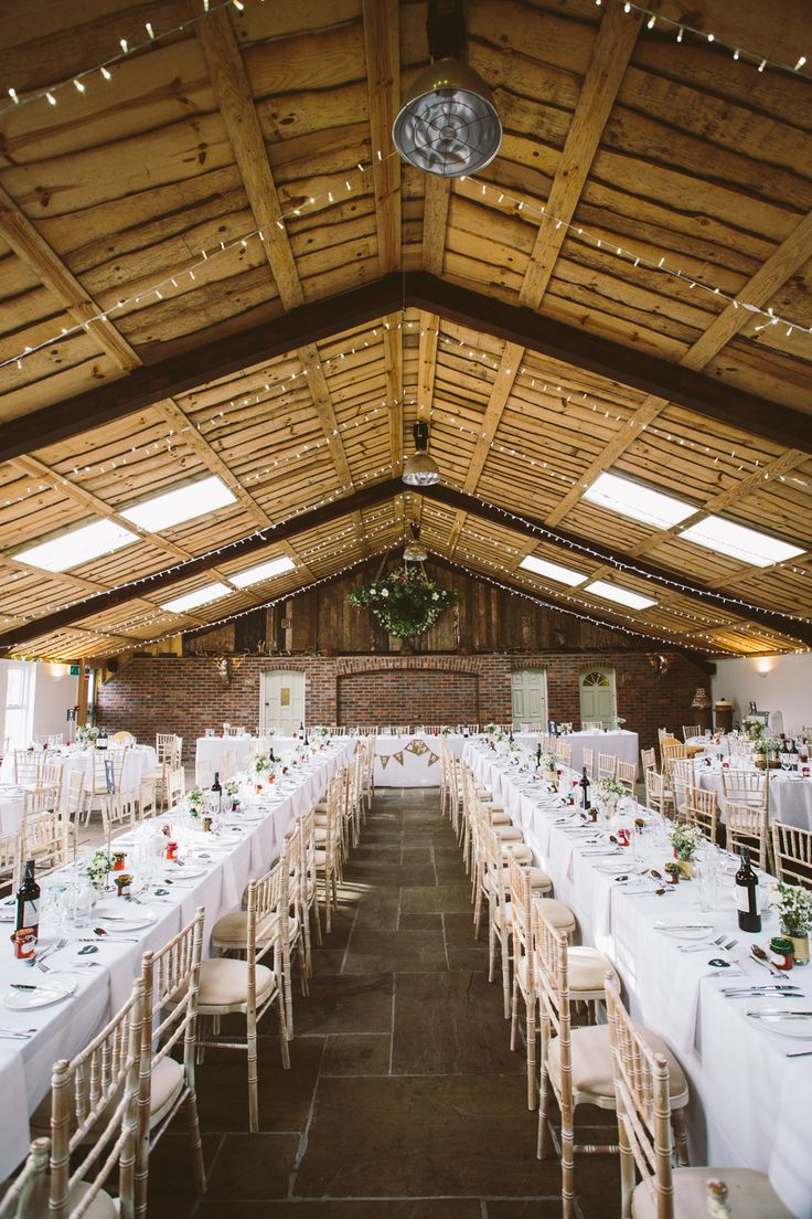 budget wedding venues north yorkshire%0A Lusan Mandongus for a Pretty Christmas Wedding at Owen House Wedding Barn   Cheshire  Image
