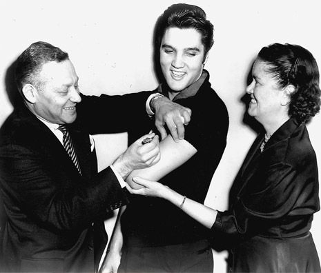 Elvis Presley & other celebrities raised awareness about the importance of being vaccinated, helped bring an end to polio in the US. (Photo credit: March of Dimes via @Antiques Roadshow)
