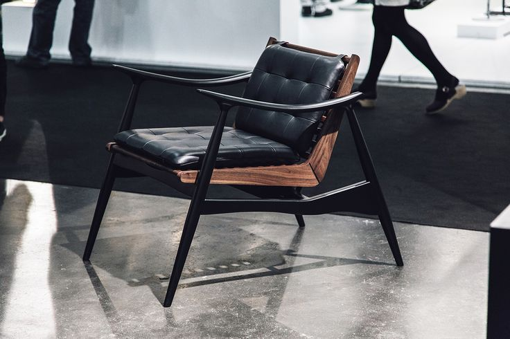Atra Chair in black matte lacquer, walnut and black Elmo leather by Alexander Andersson