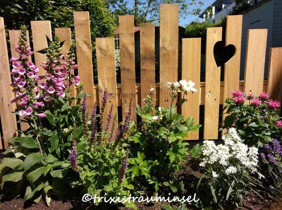 Seit einiger Zeit habe ich einen schönen Holzzaun bei Christel …   – Garten
