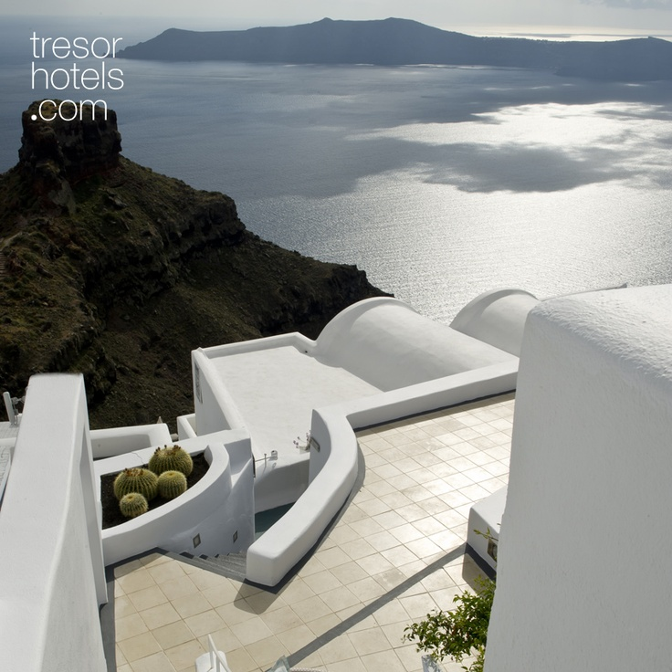 Trésor Hotels and Resorts_Luxury Boutique Hotels_#Greece_ #Astra #Suites #hotel is located in the area of #Imerovigli in #Santorini and it is listed among the 25 best hotels on a world scale, especially famous for the services it provides to its guests