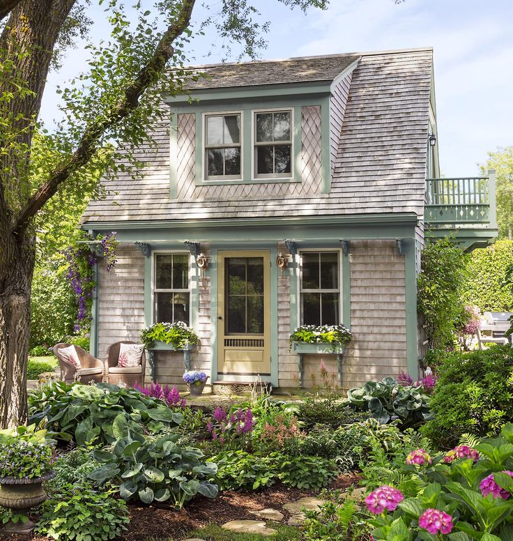 Best 25+ Cape Cod Cottage Ideas On Pinterest