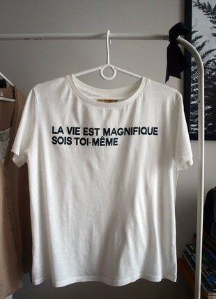 #koszulka #tshirt #zara #basic #napis #minimalizm #lavieestmaginfique #vintedpl http://www.vinted.pl/damska-odziez/koszulki-z-krotkim-rekawem-t-shirty/15332288-koszulka-tshirt-bawelniana-biala-kremowa-z-napisem-po-francusku