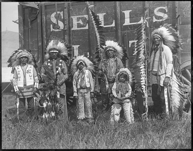 Native Americans working with Sells Floto Circus   Creator/Contributor: Jones, Leslie, 1886-1967 (photographer) Date created: 1917 - 1934 (approximate)   Boston Public Library