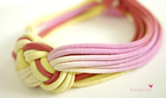 Easy DIY sailor knot headband made from an old T-shirt. No sewing, no glue.