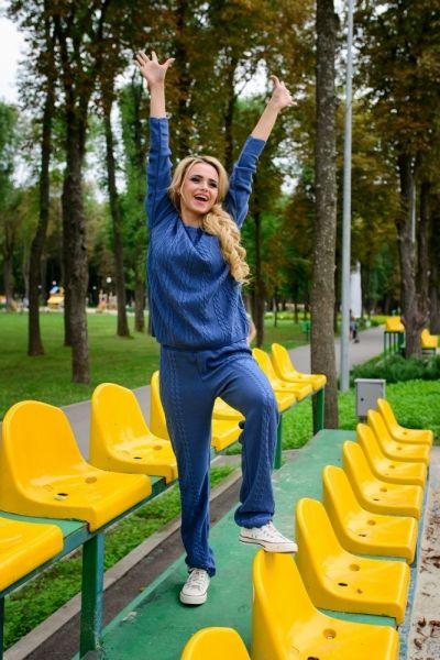 Синие свитера и кофты спортивные