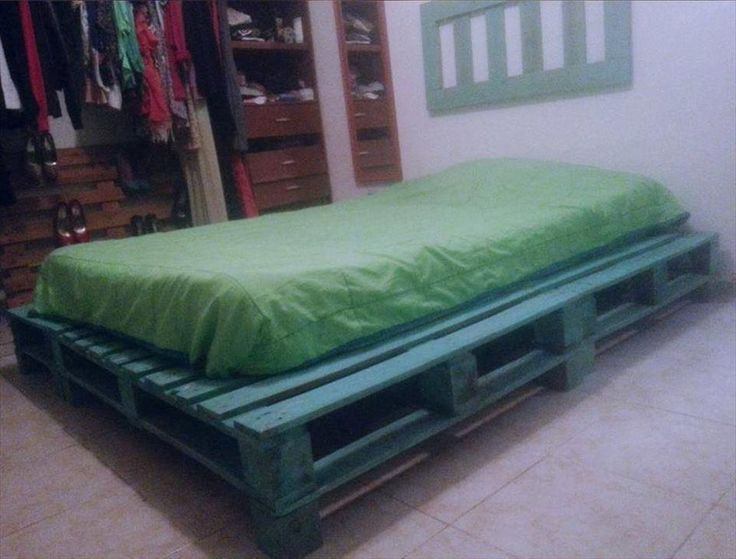 Remodel Your Bedroom with Pallets | Pallet Furniture