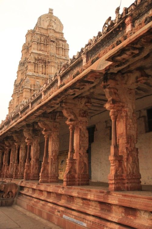 Hampi, Indie http://gdziewyjechac.pl/30253/hampi-indie-o-jakich-snimy-i-jakie-chcemy-zobaczyc.html